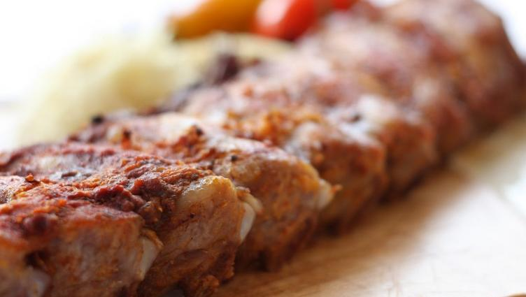 Char-grilled spare ribs
