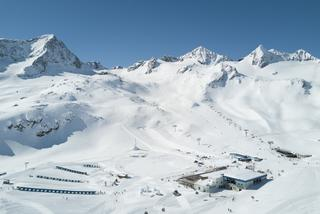 Aerial picture of the BIG Family Kinderland on the Stubai Glacier