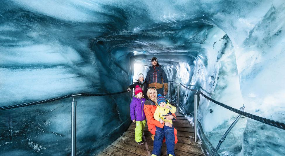 Family excursion to the Stubai Glacier ice grotto