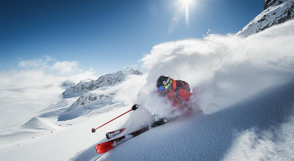 If you want to go freeride skiing in the Tyrol, you can visit the Powder Department on the Stubai Glacier.